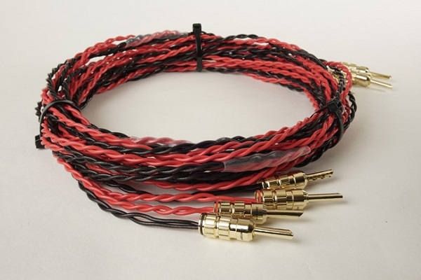 cables twisted 2 x 16awg silver plated copper in ptfe sleeve used for main speaker cables jantzen audio has this in black and red as seen below